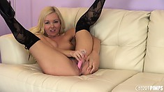 Aaliyah Love gives a hot show as she drills her puss with her toy