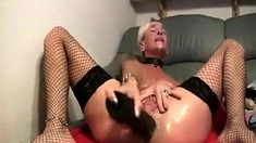 Hot Webcam Girl Toying And Squirting 2
