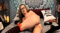 Dirty Talking Milf With Big Titties On Cam